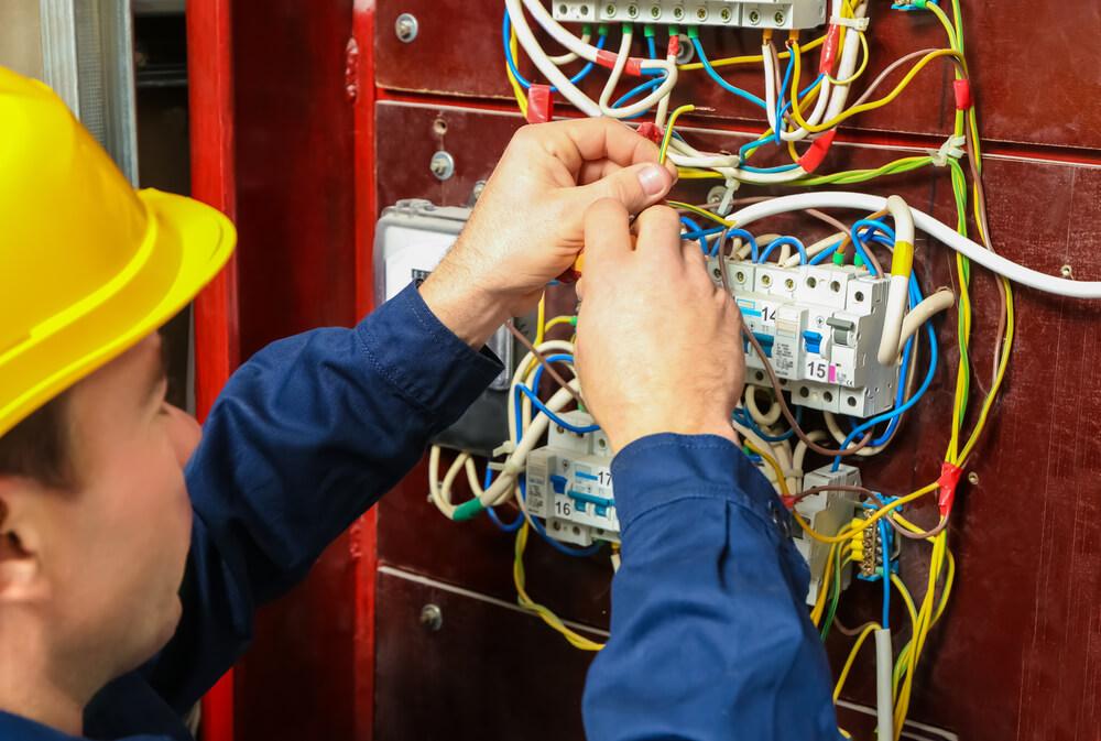 Elektrikár Senec iElektrikár